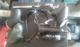 Paintball gun with lots extra