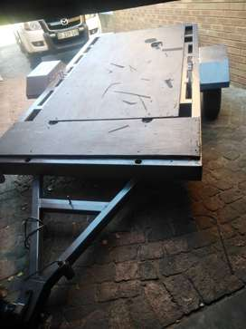 Trailer flat fully galvanized and spray painted