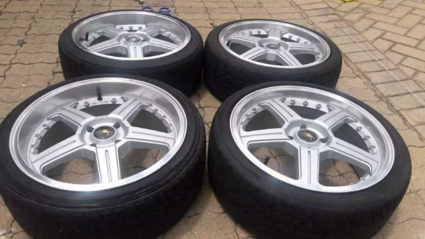 17 inch mags and tyres 4500 0