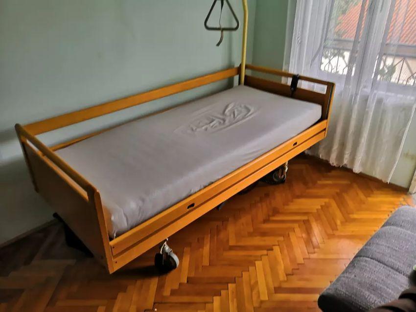 Bolnički krevet 0