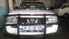 Nissan NP300 Hardbody Bakkie available in excellent condition.