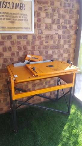 Triton Workcentre router and saw stand