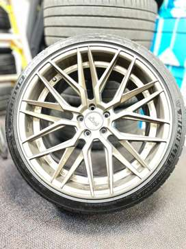 Niche OEM Rims and Tyre