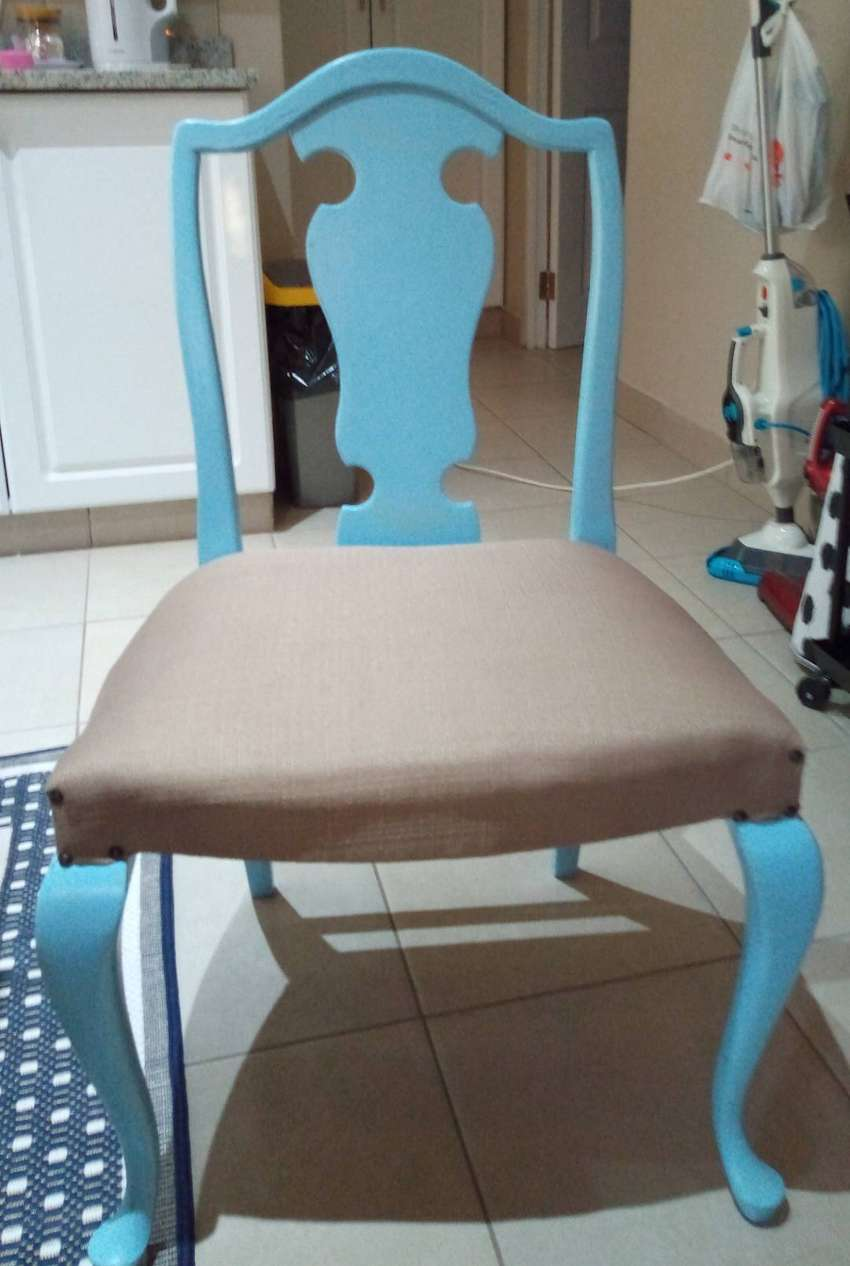 Queen Anne Dinning chairs (2)