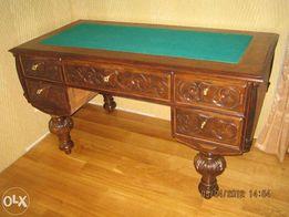 старинный письменный стол