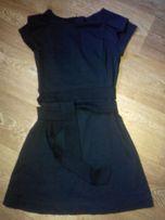 Новое миленькое черное платье