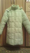 Пальто зимнее очень теплое салатовое, размер 46-48
