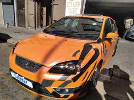 2010 FORD FOCUS 2.5 WITH 83000KM
