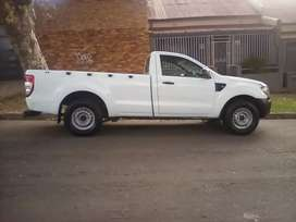 2014 Ford Ranger, 160,000km, leather seat  ,manual, engine 2.2