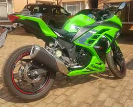 Excellent Condition Kawasaki Ninja 300 Special Edition For Sale