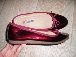 Фирменные туфли Clarks 38 р.(стелька 24.5 см.)нат. кожа,евр. 5.5 D