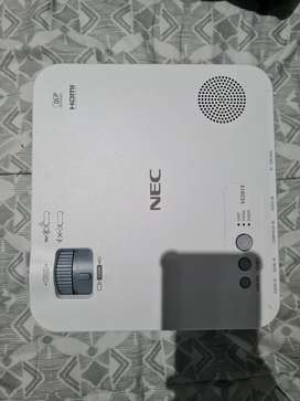 Nec VE281X Proffesional Projector Still new