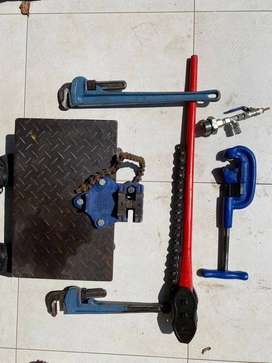 Specialized Piping Tools - Galvanized Piping