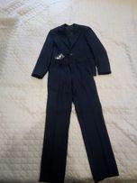 Продам костюм школьный тёмно-синий на мальчика 7-9 лет 32 размер