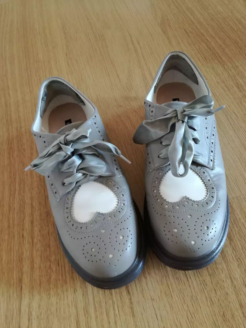 Ženski čevlji 0