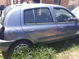 RENAULT CLIO 1stripping for spares