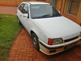 Opel kadett 2l 8v 2 door (boss)
