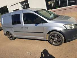 Vw caddy maxi for sale 2011 model