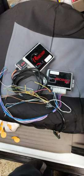 Dastek Unichip Q4 with 2 Drivers, Map Select Switch and Harness