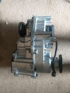 2004 Ford Ranger 4.0 V6 4x4 Automatic Front Diff; Transfer Case; Rims
