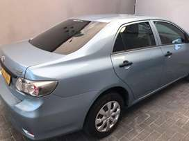 2015 Silver Toyota corolla for sale very good condition