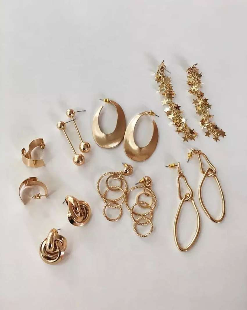 We buy gold and silver in any condition 0