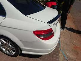 W204 ABS Plastic Boot spoilers