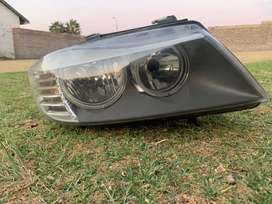 E90 bmw facelift(LCI) Headlight Right complete with electric motor