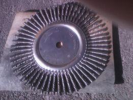 Щетка для чистки бетонны х швов