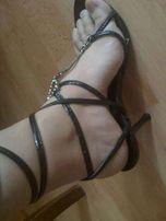 sandale na lato 35 r stan idealny obcas z kamieniem Swarovski