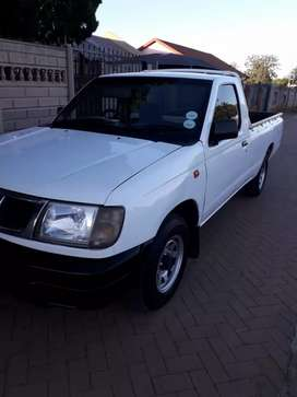 Bakkie for grabs