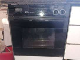 4 plate Stove and Thermofan oven