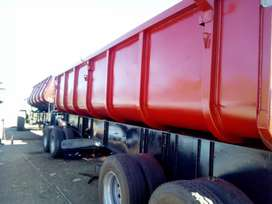 Top trailer site tipper in a very good condition