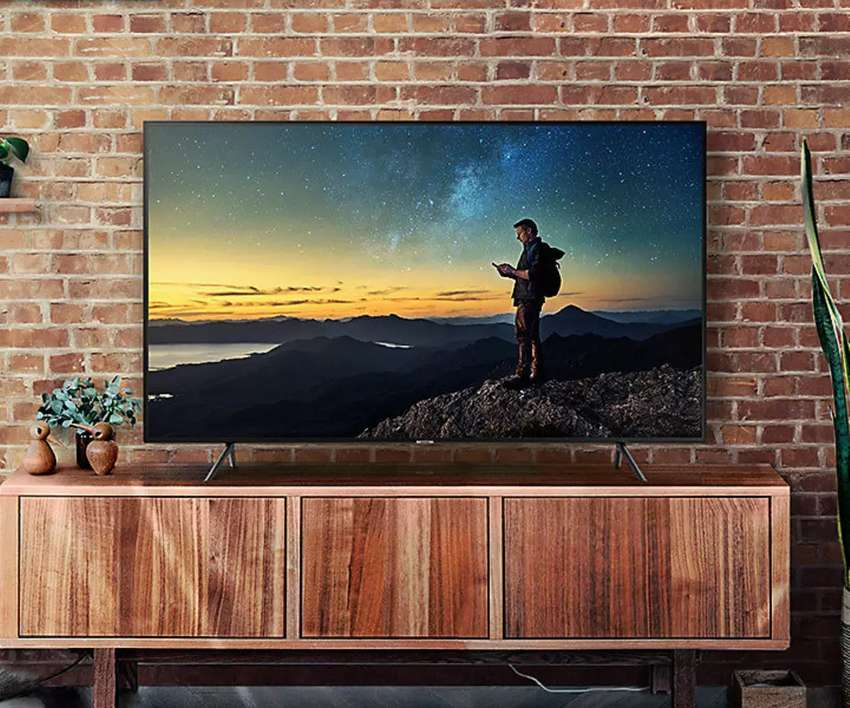 New Samsung 43 uhd 4k from Europe smart 0