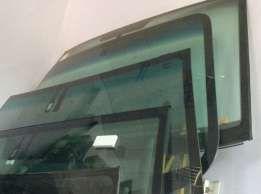 Боковые стекла для Renault 25 + комплект центрального замка 5шт