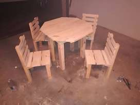 Kiddis table and chairs