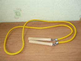Skakanka z drewnianymi rączkami sznurkowa nowa żółta 200cm