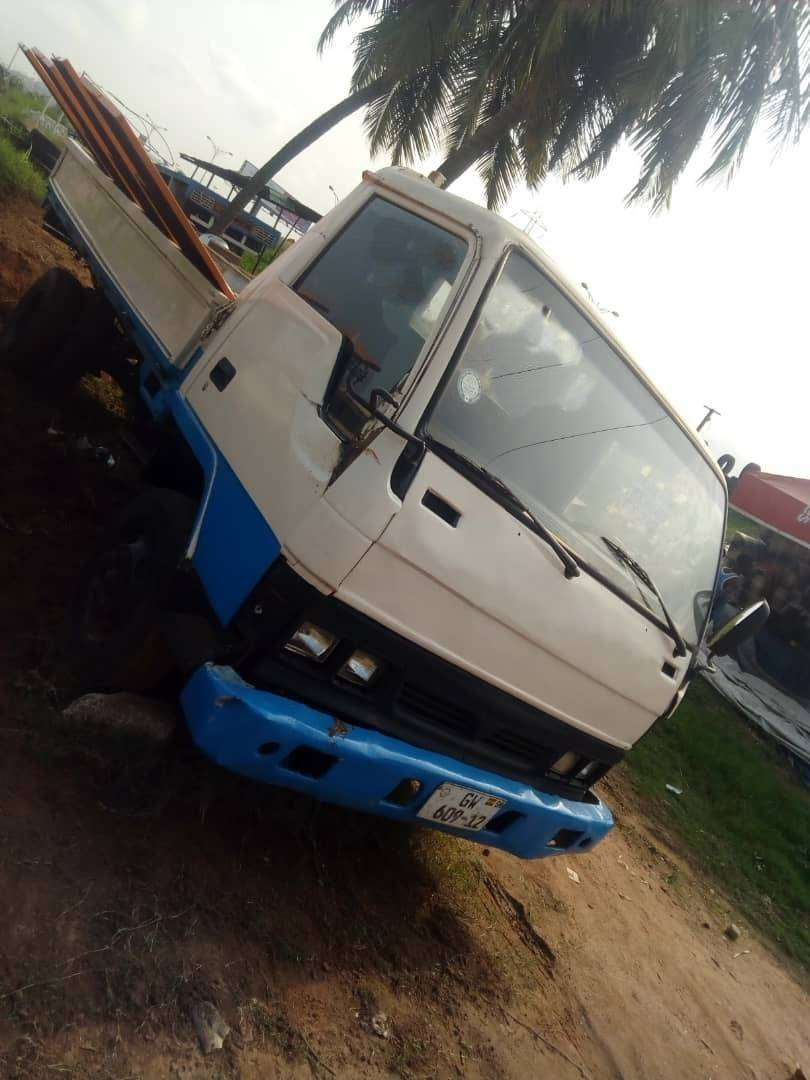 STRONG HYUNDAI MIGHTY TRUCK FOR SALE 0