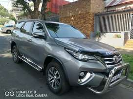 2017 Toyota Fortuner 4x2 leather seat Automatic