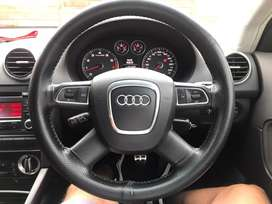 Bargain: Audi A3 (8p) steering wheel with airbag