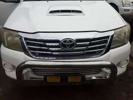 3 l d4d toyota hilux clean bakkie start and go