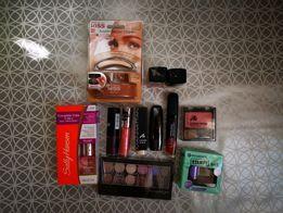 Zestaw kosmetyków KISS Sally Hansen Catrice L.O.V essence Misslyn Manh