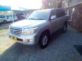 Toyota land cruiser v8 d4d
