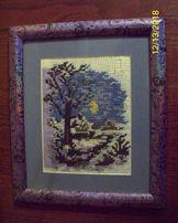 """Вышитая картина """" Лунная зимняя ночь"""" под стеком в рамке."""
