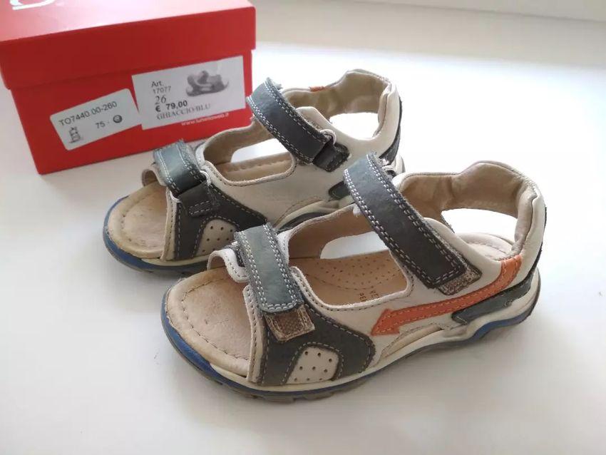 Sandálky celokožené 26 0