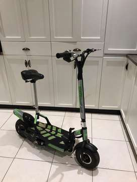 800W Uber Scooter