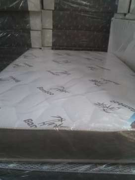 Brand new Double Bed with Base of excellent quality. (Bamboo).