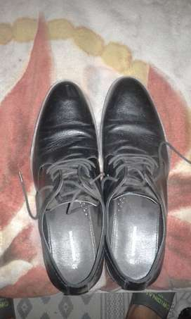 Woolworths size 10 black shoes