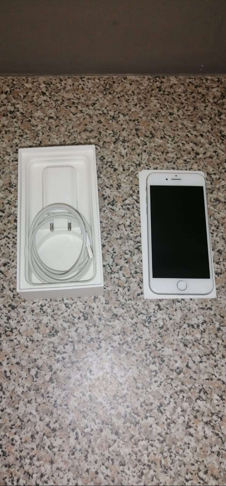 IPhone 7 32GB White 0
