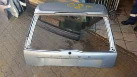 VOLVO TAILGATE AVAILABLE